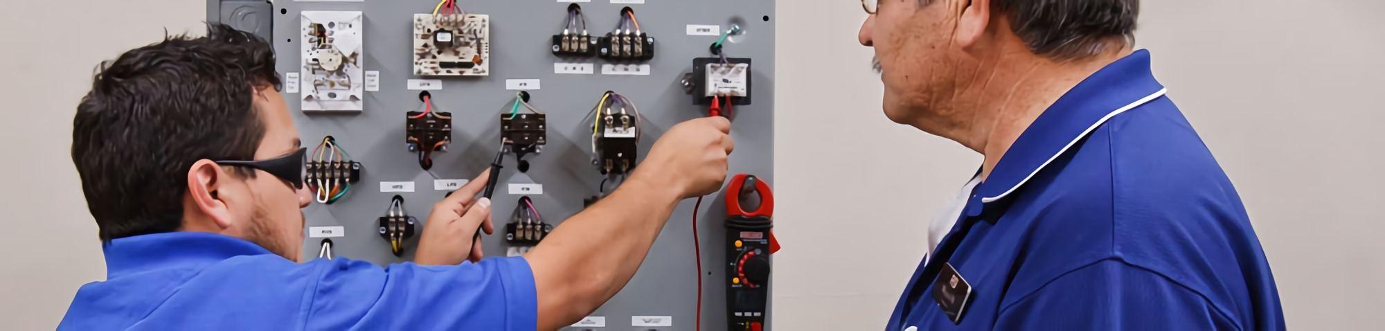 RSI Refrigeration School Training Equipment Faculty Student