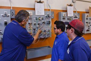 RSI Refrigeration School Training Phoenix Student Teacher