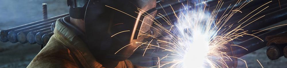 welder working