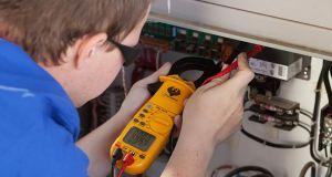 electro mechanical engineer program