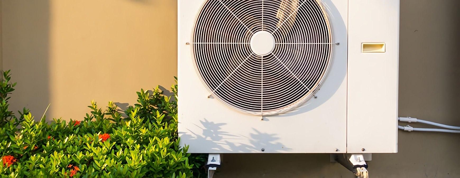 air conditioner with fan compressor