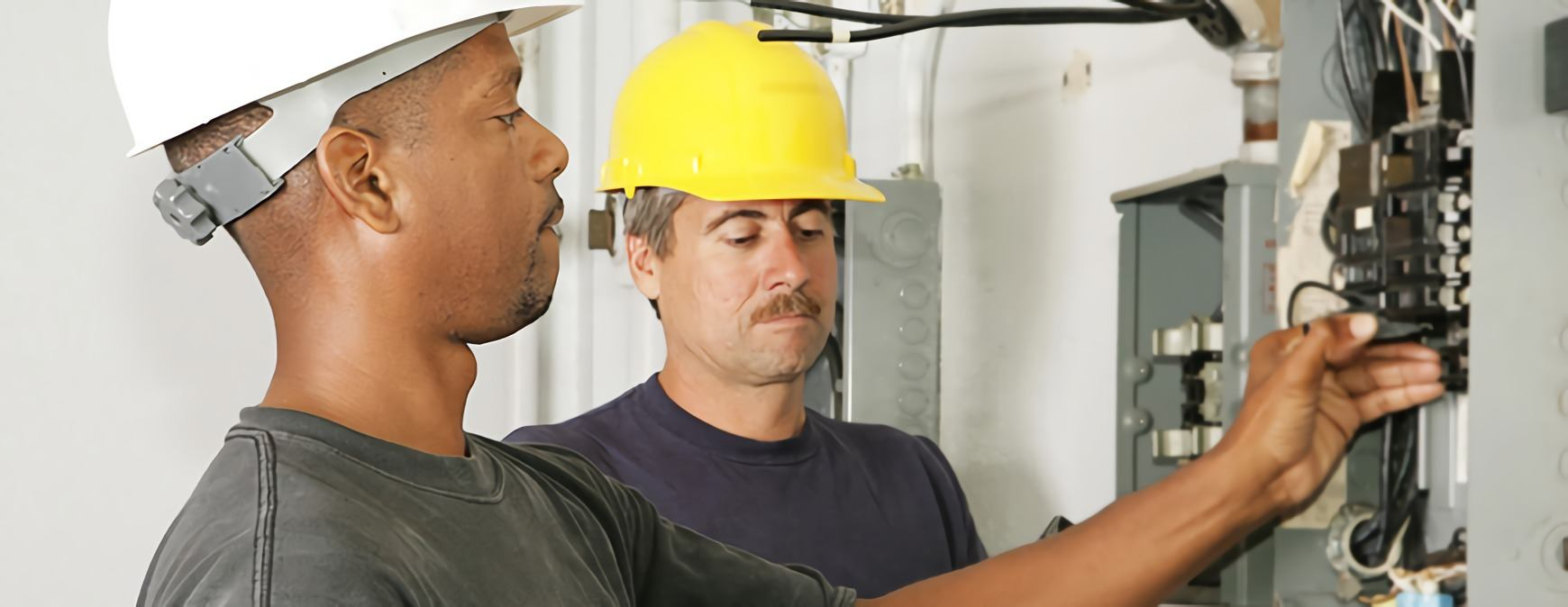 What Is A Maintenance Electrician