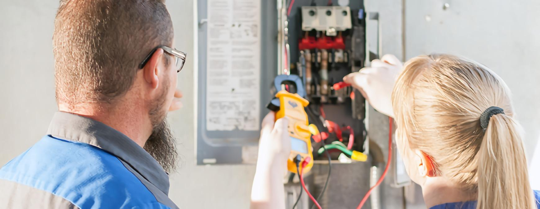 electrician training with wiring