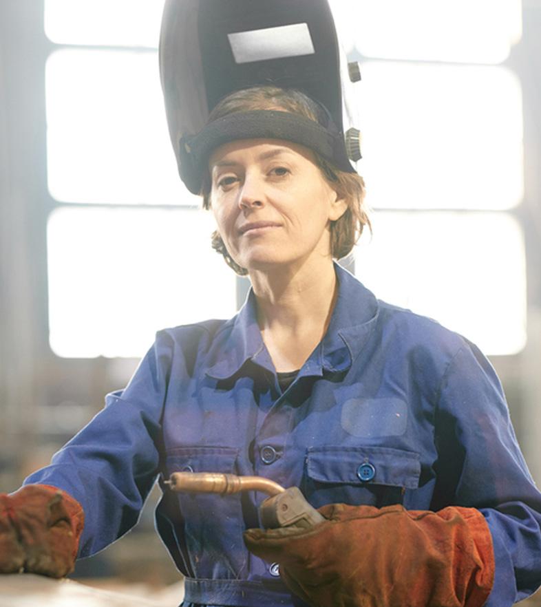 female welder mom