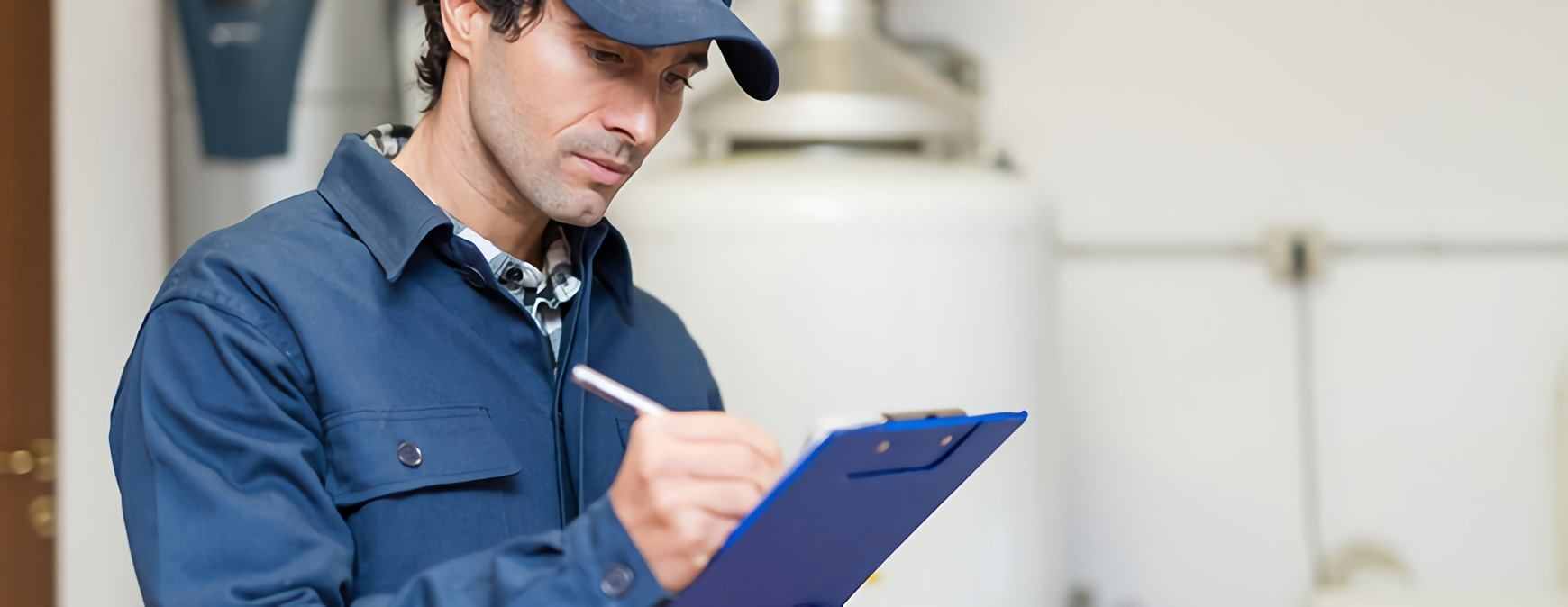 hvac technician writing invoice