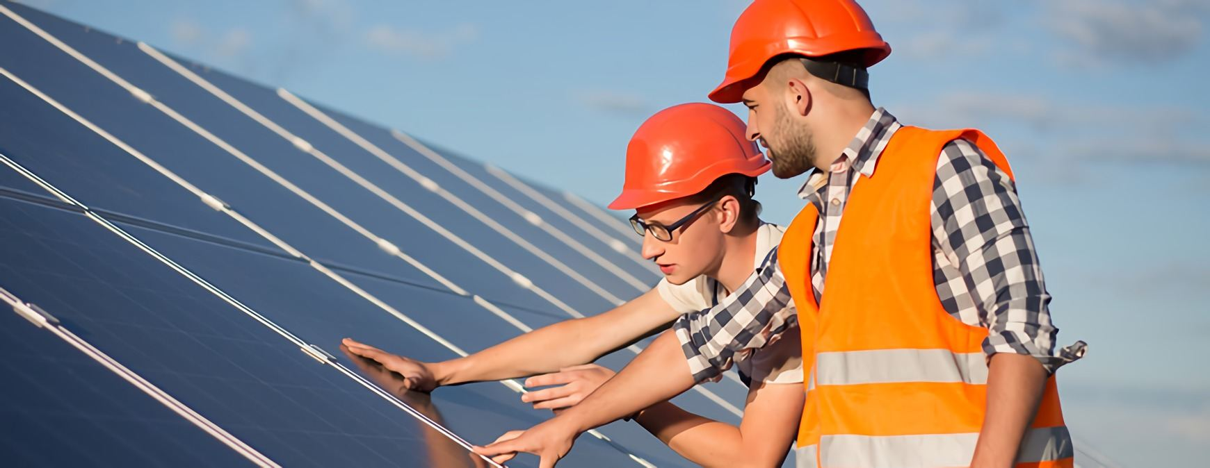solar panel installation technicians