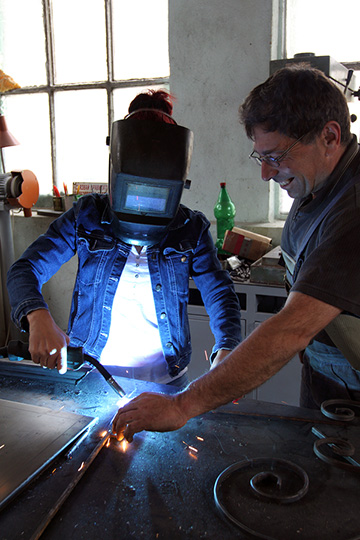 welder getting training